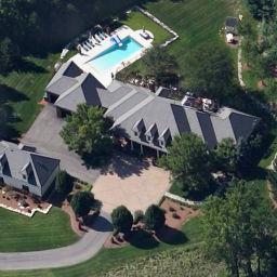 photo: house/residence of cool 250 million earning Ripley, United Kingdom-resident